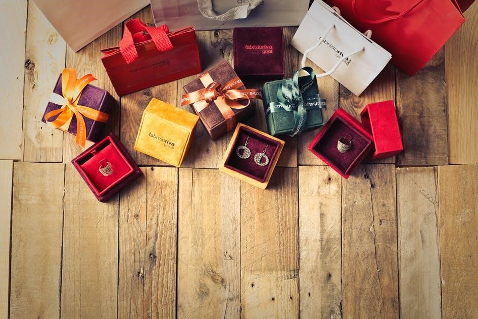 Gifts in a Click: Online Stores to Consider for Your Early Christmas Shopping